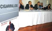 Diferentes jefes de fracción y el experto internacional en temas antitabaco, Yul Francisco Dorado, instaron al Ministerio de Salud a publicar el reglamento de etiquetado de las cajetillas.