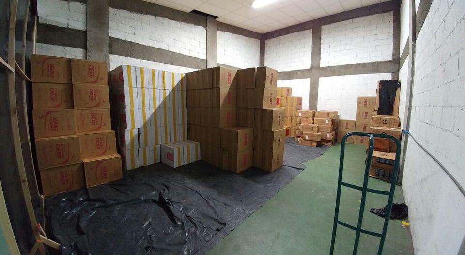 Allanamiento-contrabando-cigarrillos_LNCIMA20160930_0039_5
